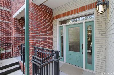Gainesville Condo/Townhouse For Sale: 136 NE 4TH Street