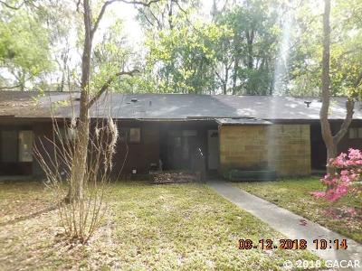 Gainesville Condo/Townhouse For Sale: 4703 SW 67th Terrace