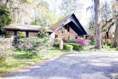 Gainesville Single Family Home For Sale: 6005 SW 36TH Way