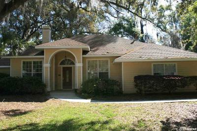 Gainesville Single Family Home For Sale: 2021 SW 75th Terrace
