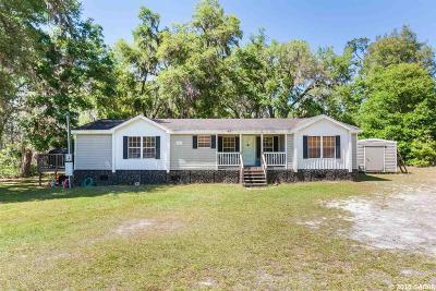 Melrose Single Family Home For Sale: 21906 NE 73rd Place