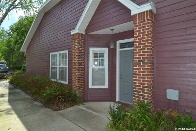 Gainesville Condo/Townhouse For Sale: 5012 NW 1st Place