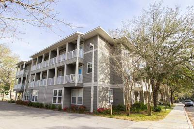 Gainesville Condo/Townhouse For Sale: 621 SW 10th Street #104