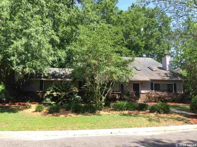 Gainesville Single Family Home For Sale: 2915 NW 27th Terrace