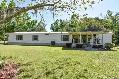 Alachua Single Family Home For Sale: 27226 N State RD 121 Road