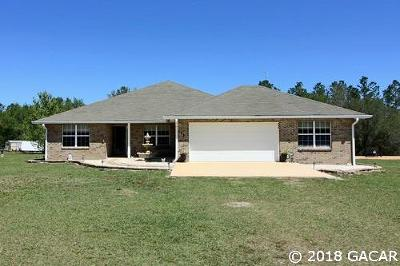 Melrose Single Family Home For Sale: 118 Boots rd.