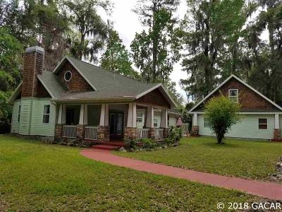Gainesville Single Family Home For Sale: 1225 SW 25th Place