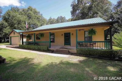 Newberry Single Family Home For Sale: 25439 SW 2ND Avenue