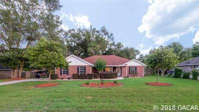 Newberry Single Family Home For Sale: 25501 SW 22ND Place