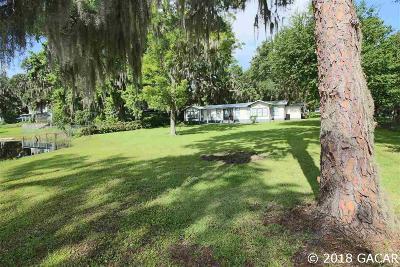 Melrose Single Family Home For Sale: 7521 NE 222nd Street