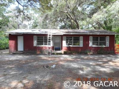 Gainesville Single Family Home For Sale: 18702 NE 9th