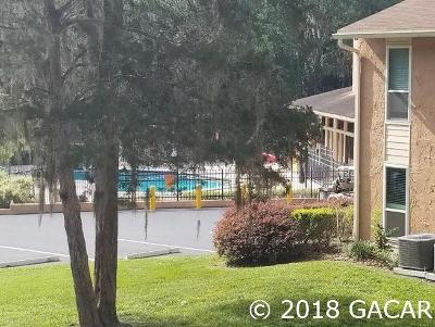 Gainesville Condo/Townhouse For Sale: 1810 NW 23 Boulevard #123