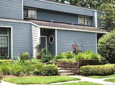 Gainesville Condo/Townhouse For Sale: 5428 NW 9th Lane