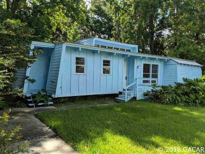 Gainesville Single Family Home For Sale: 305 NE 47TH Terrace