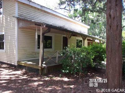 Alachua Single Family Home For Sale: 10211 W 235 Road
