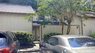 Gainesville Condo/Townhouse For Sale: 5524 SW 4th Place