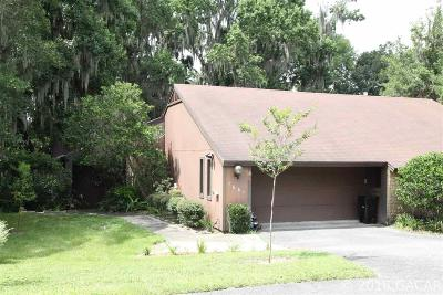 Gainesville Condo/Townhouse For Sale: 1661 NW 19TH Circle