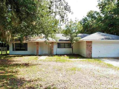 High Springs Single Family Home For Sale: 5699 NE 54TH Place