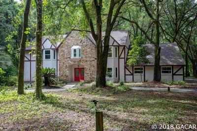 Gainesville Single Family Home For Sale: 11 NW 88TH Terrace