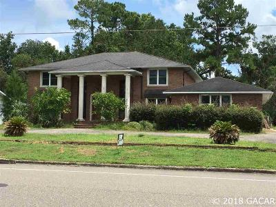 Gainesville Single Family Home For Sale: 6803 SW 35th Way