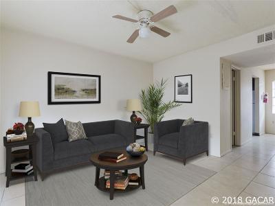 Gainesville Condo/Townhouse For Sale: 914 SW 8th Avenue #49