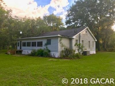 Alachua Single Family Home For Sale: 25501 N State Road 121