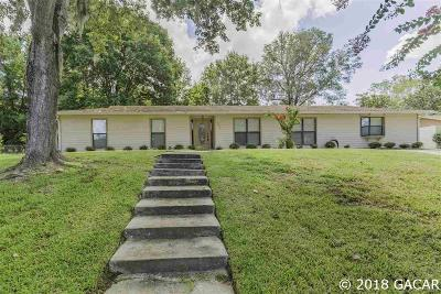 Gainesville Single Family Home For Sale: 527 NW 97th Terrace