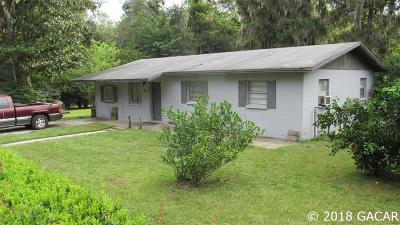 Gainesville Single Family Home For Sale: 328 SE 71st Terrace