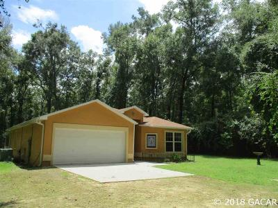 High Springs Single Family Home For Sale: 818 SE Downing Drive