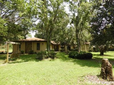 Melrose Single Family Home For Sale: 176 ASHLEY LAKE DR