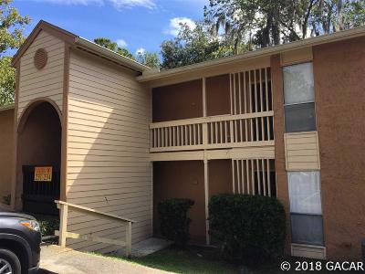 Gainesville Condo/Townhouse For Sale: 1810 NW 23rd Boulevard #233