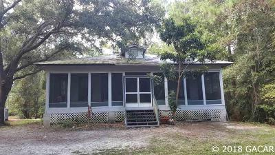 Cedar Key Single Family Home For Sale: 7250 SW State Road 24 Avenue