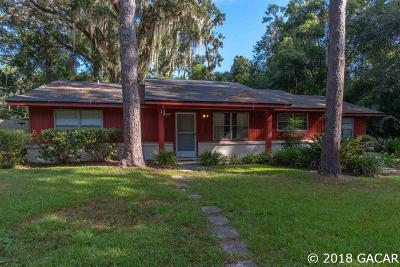 Gainesville Single Family Home For Sale: 2622 NW 4th Place