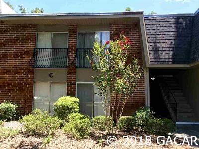 Gainesville Condo/Townhouse For Sale: 1700 SW 16TH Court #C-25