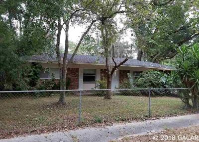 Gainesville Single Family Home For Sale: 1634 NE 18th Place