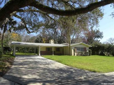 Gainesville Single Family Home For Sale: 1105 NW 40 Drive