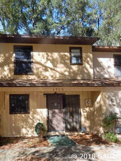 Gainesville Condo/Townhouse For Sale: 1715 SW 68TH Terrace