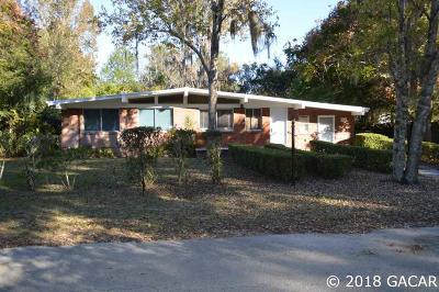 Hawthorne Single Family Home For Sale: 7019 SE 218 Street