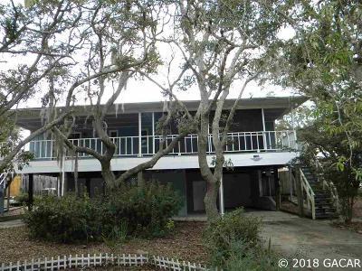 Cedar Key Single Family Home For Sale: 12250 SW 165th Avenue