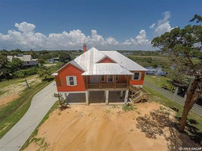 Crystal River Single Family Home For Sale: 14425 W Ozello Trail