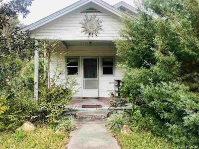 Williston Single Family Home For Sale: 226 NE 3rd Avenue