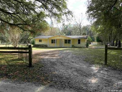 Alachua Single Family Home For Sale: 17817 NW 62nd Avenue