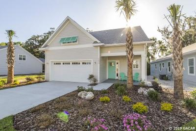 Gainesville Single Family Home For Sale: 1559 NW 121st Way