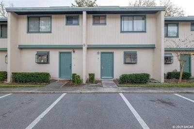 Gainesville Condo/Townhouse For Sale: 2300 SW 43rd Street #S4