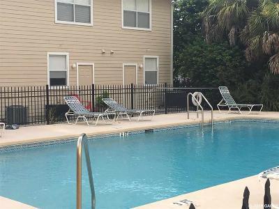 Gainesville Condo/Townhouse For Sale: 3901 SW 20th Avenue #207
