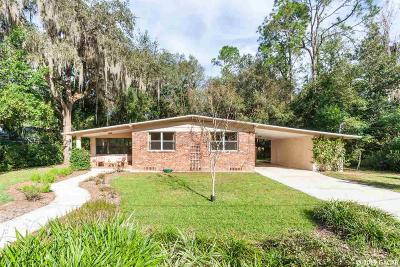 Gainesville Single Family Home For Sale: 3952 SW 5th Place