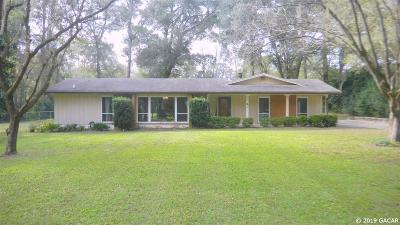 Gainesville Single Family Home For Sale: 4 SW 80TH Boulevard