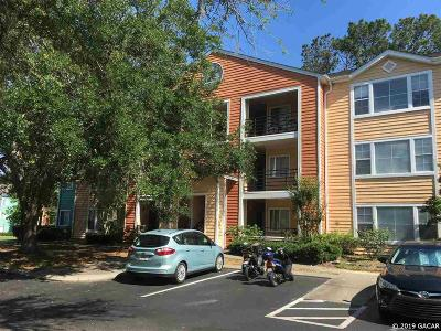 Gainesville Condo/Townhouse For Sale: 2601 SW Archer Road #J-137