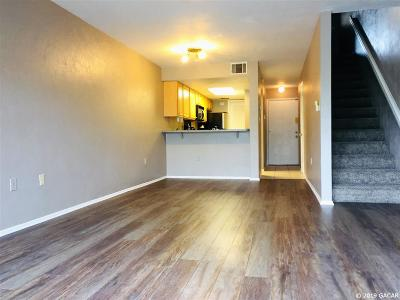 Gainesville FL Condo/Townhouse For Sale: $132,500