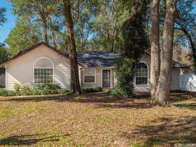 Gainesville Single Family Home For Sale: 5305 NW 34th Terrace